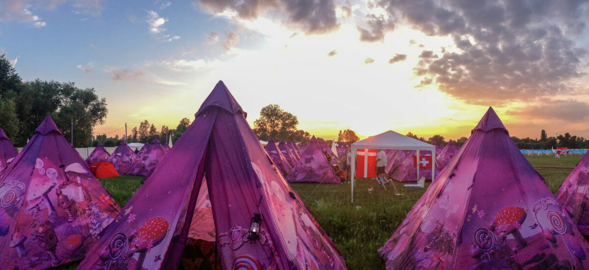 10 Reasons You're Doing it Wrong if You Don't Camp at Festivals