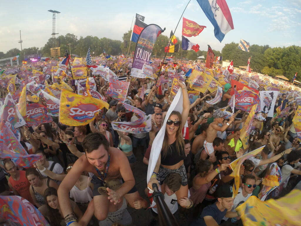 sziget review + festival guide for sziget festival in budapest august sziget flag party