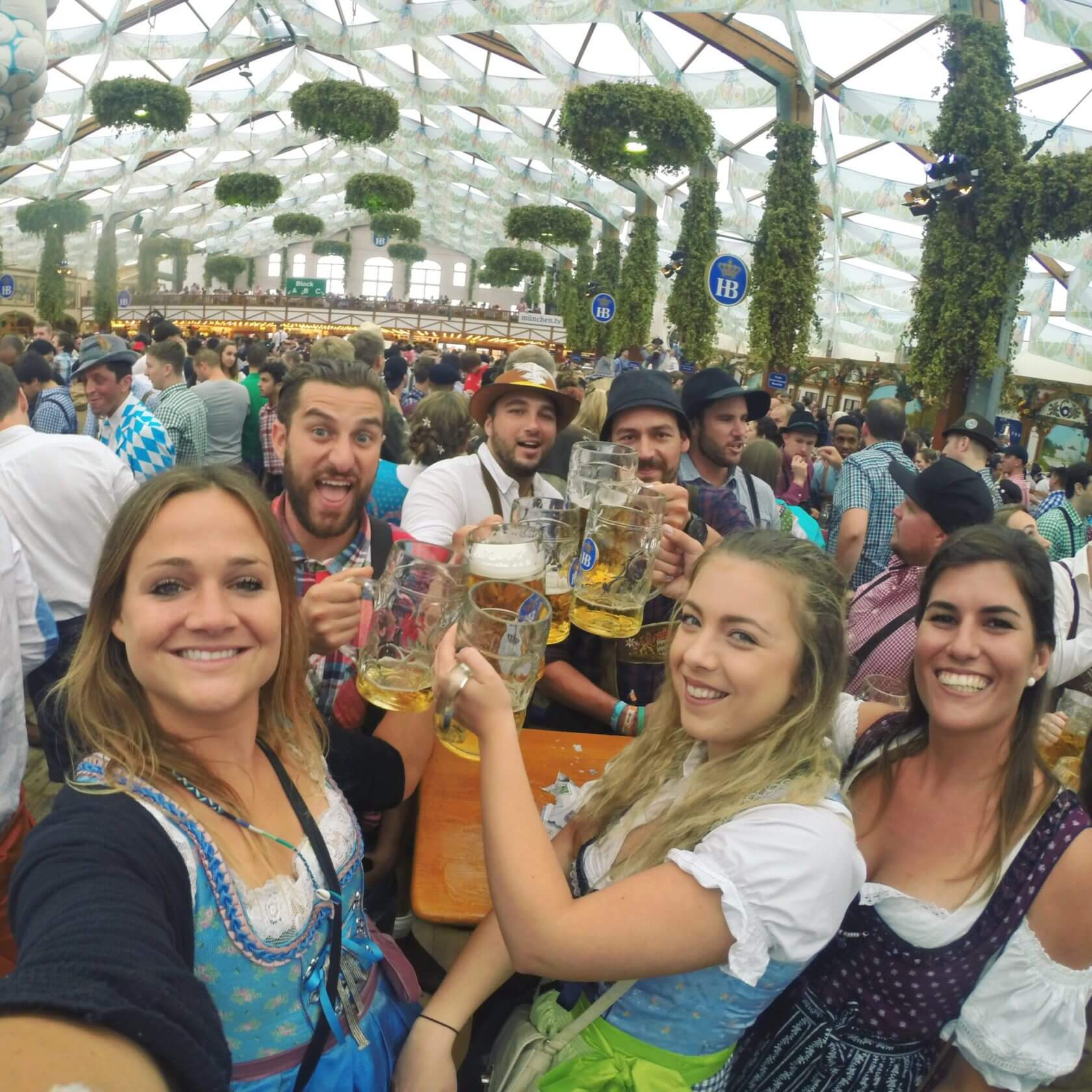 tips for backpacking europe oktoberfest, germany