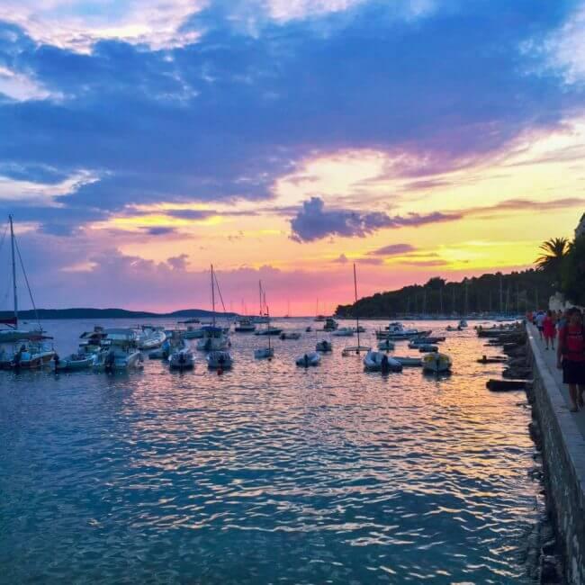 sunset guide to hvar