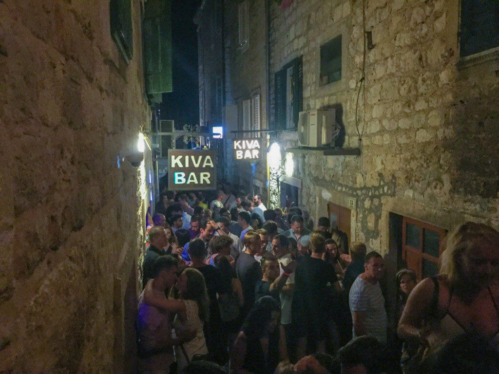 kiva bar hvar guide