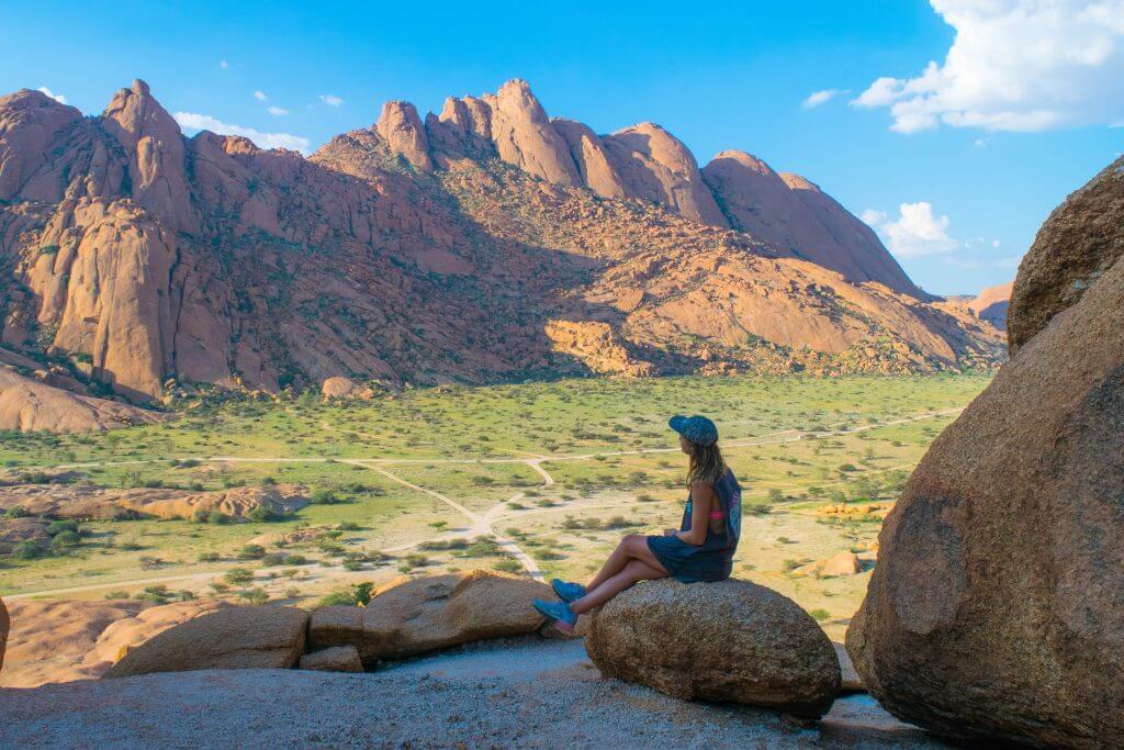 namibian road trip spitzkoppe