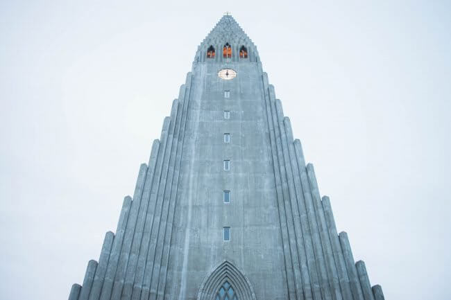 reykjaving cathedral saving moeny in iceland