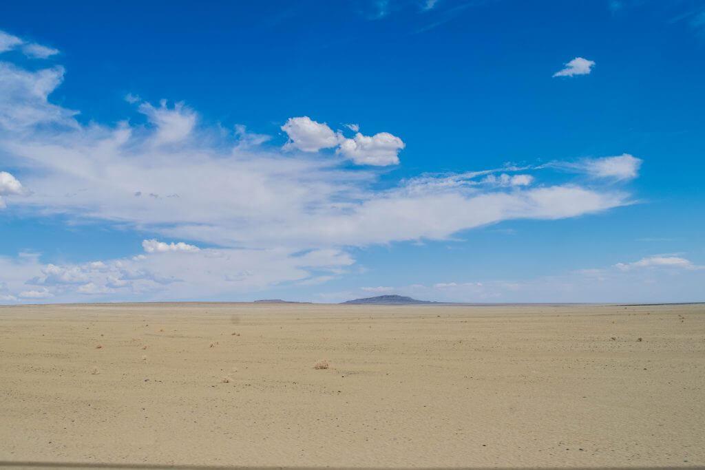 namibian road trip sossus desert