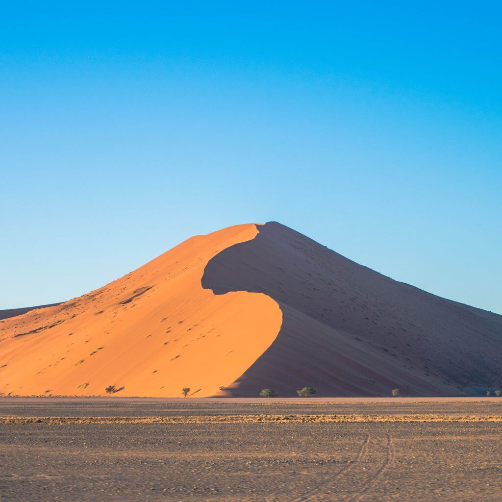 namibian road trip namib nakluft national park sunrise sand dunes moon