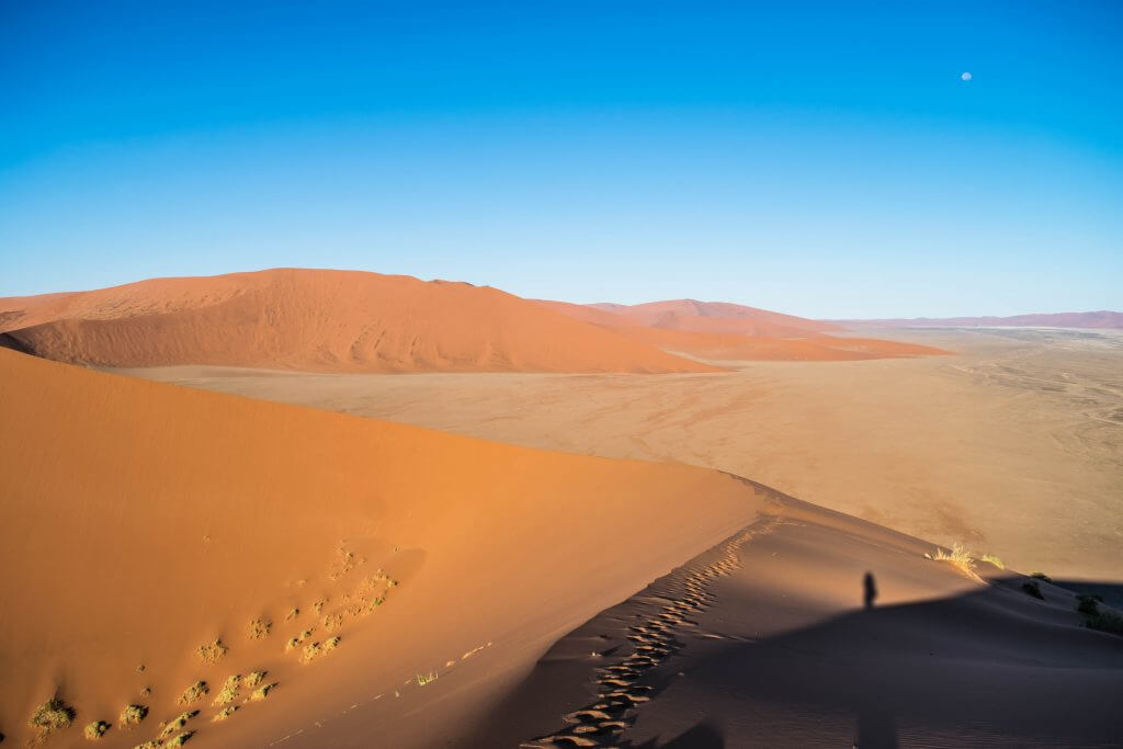 namibian road trip namib nakluft national park sunrise sand dunes dune 45 moon