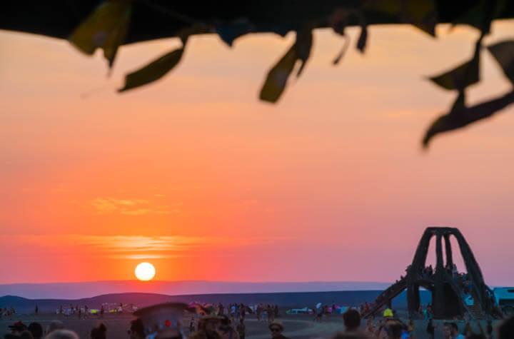 Afrikaburn 2017 sunset set at the shell toby