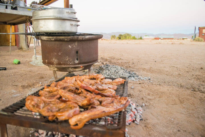 Namibia Road Trip braai in the desert