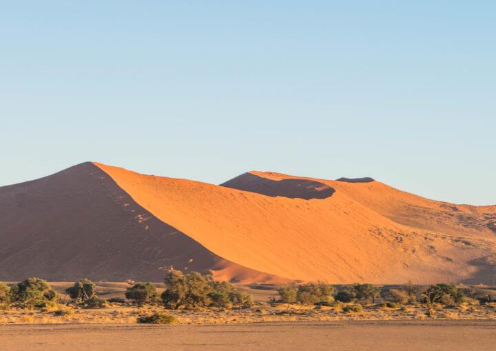 Namibia Road Trip itinerary sossusvlei desert namib nakluft national park