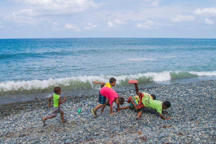 capurgana colombia children caribbean beach