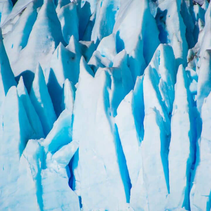 el calafate close up glacier ice el calafate Day trips