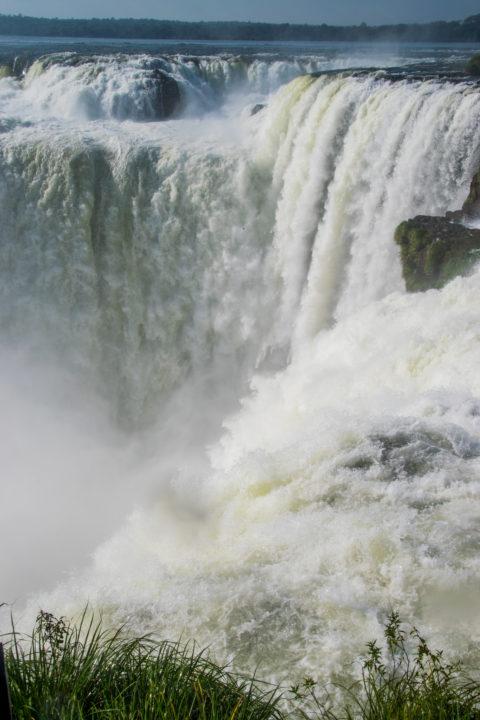 iguazi falls devil's throad argentina side