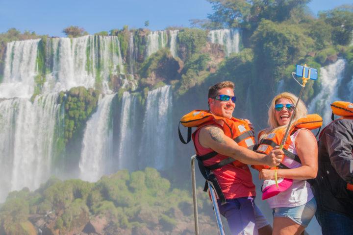 visiting iguazu falls grand adventure gran aventura selfie