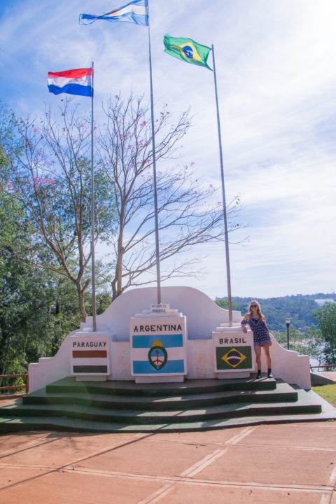 tres fronteras argentina what to do in puerto iguazu falls itinerary argentina brazil paraguay flags