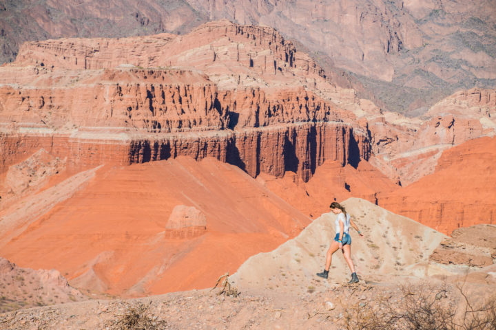 exploring the Quebrada de Las Conchas in Cafayate/Salta, Argentina is one of the coolest things to do in Argentina