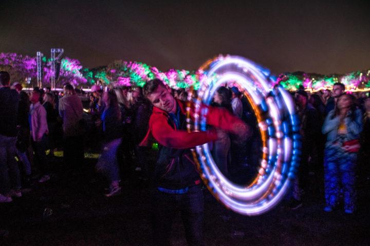 festival light spinning