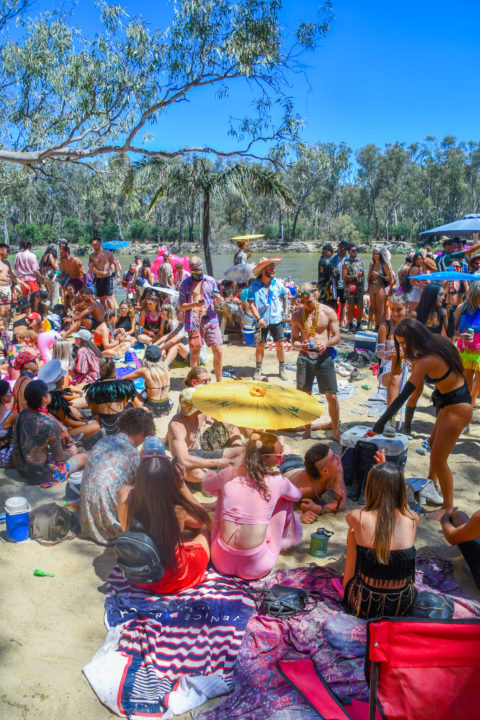 Strawberry Fields beach stage murray river swim