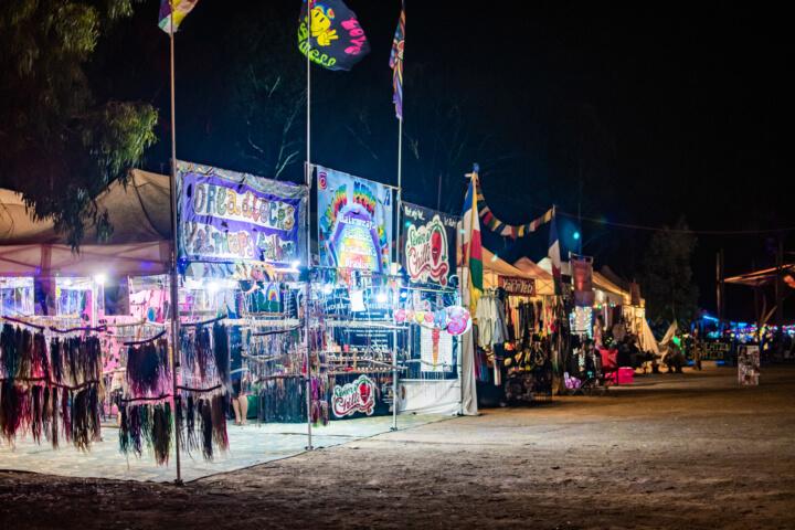 babylon market stalls by night