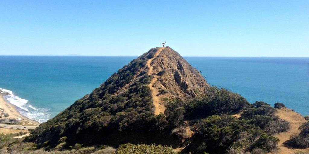 9 Best Beach Hikes in Southern California: Amazing Ocean Views